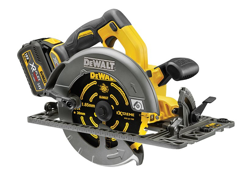 DCS576 Flexvolt XR Circular Saw